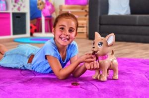 Chi Chi Love Poo Poo Puppy les enseña responsabilidad