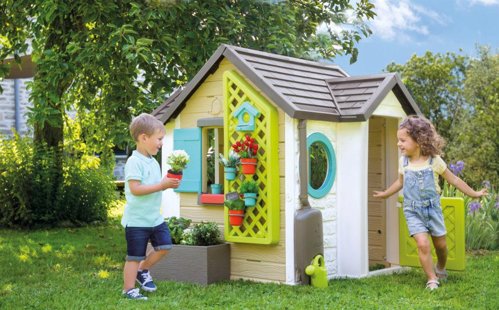 Descubre cuál es la casita de juguete ideal para tus peques